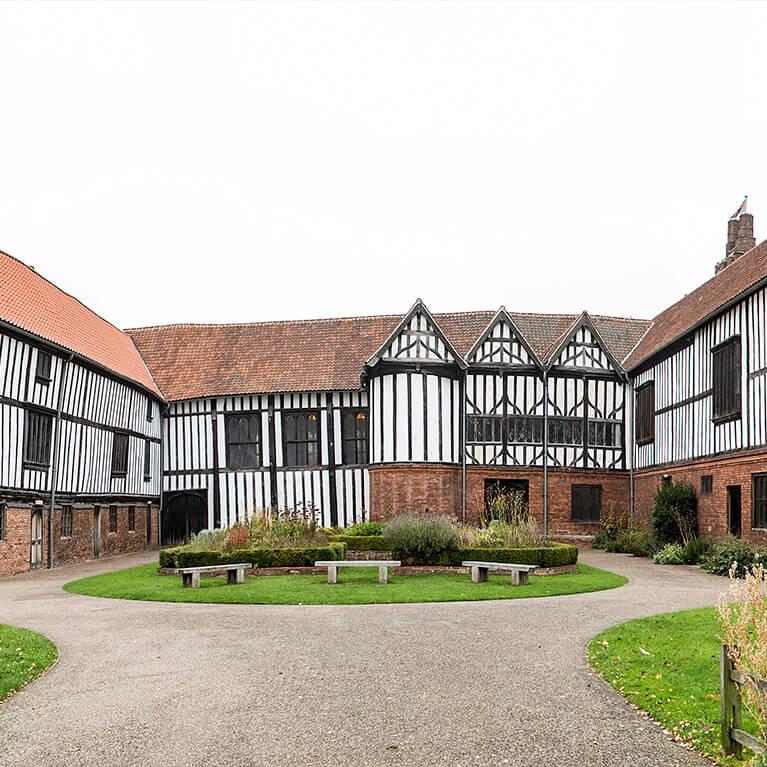 Gainsborough Old Hall Gardens