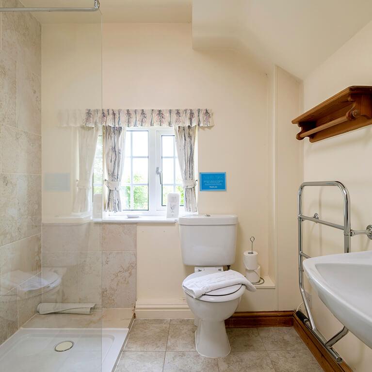 Marris Cottage Bathroom