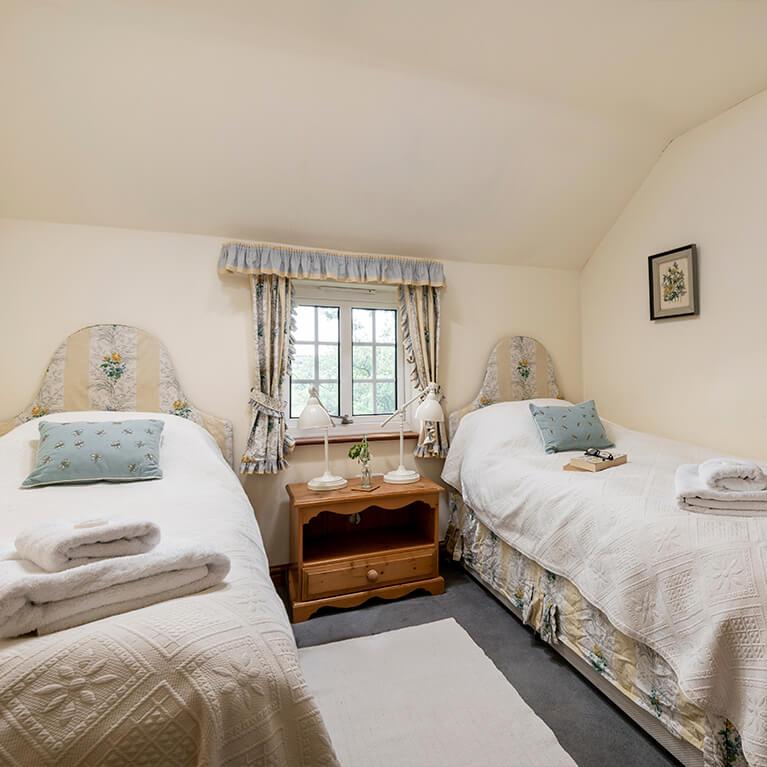 Marris Cottage Twin Bedroom