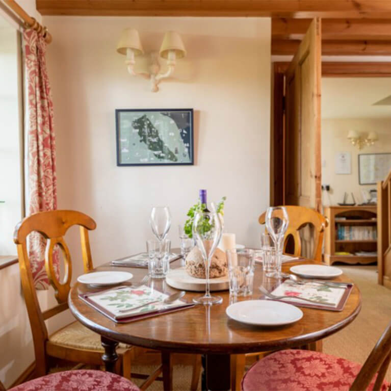 Marris Cottage Dining Area