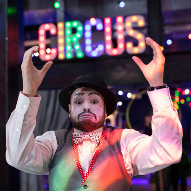 The Hub Circus
