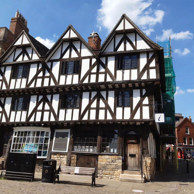 Lincoln Guided Tours VIC Castle Hill