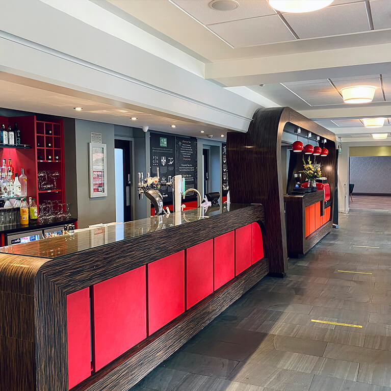 The Lincoln Hotel Bar