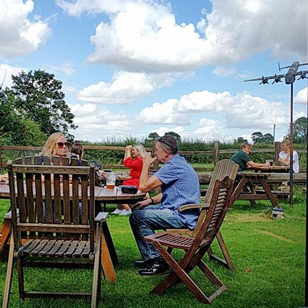 Dambusters Inn Garden - Three Tables