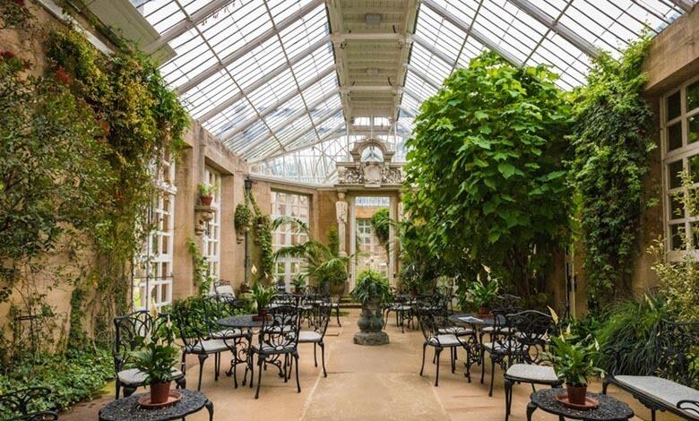 Harlaxton Manor garden